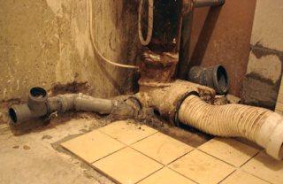 Протечка канализационного стояка устранение